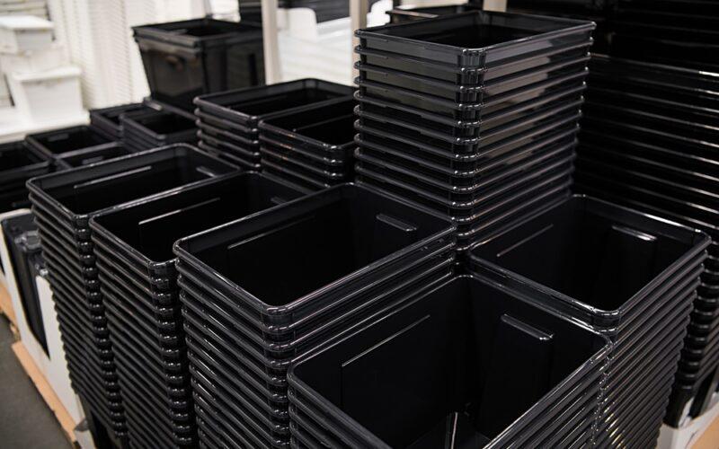 Pudełka plastikowe